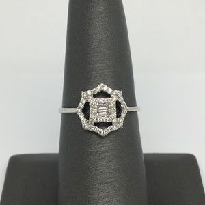 Jewelry - 18K White Gold Natural Diamond Octagon Ring